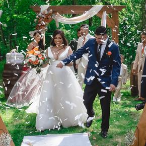 Best Poconos wedding photographers at Wallenpaupack Creek Farm ABRR-6