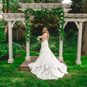 Philadelphia area wedding photographers at Pomme Radnor APMT-12