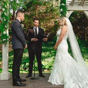 Philadelphia area wedding photographers at Pomme Radnor APMT-21